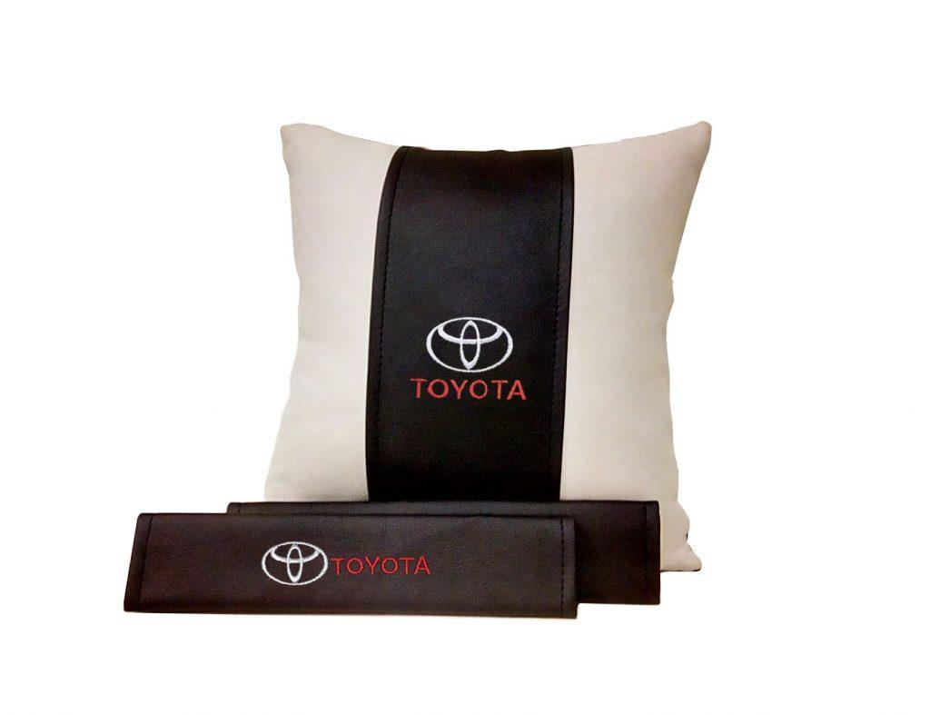 Подарочный набор с вашим логотипом (подушка +накладки)
